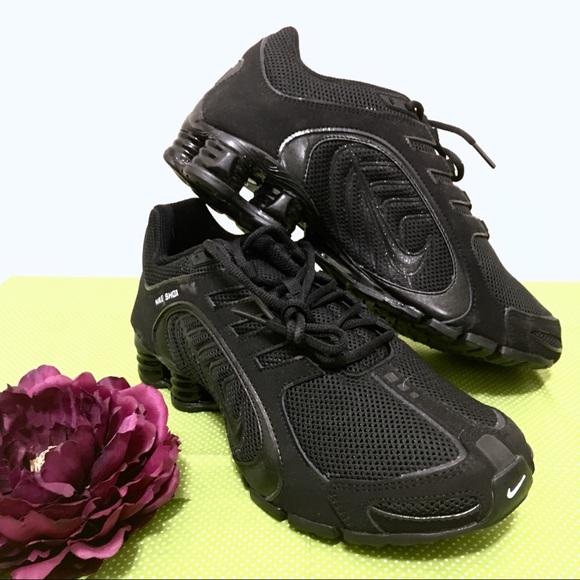 purchase cheap 10839 0e43f New Black Sparkle Nike Shox Navina Sneakers 9.5. M 5cc5a9061153ba8b1ffc2845